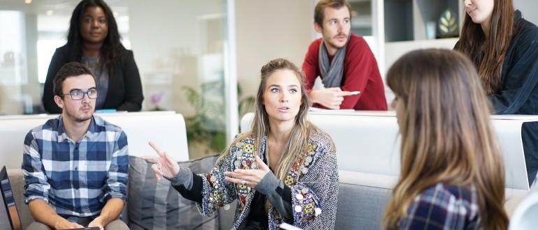 Las relaciones públicas reunión influir imagen